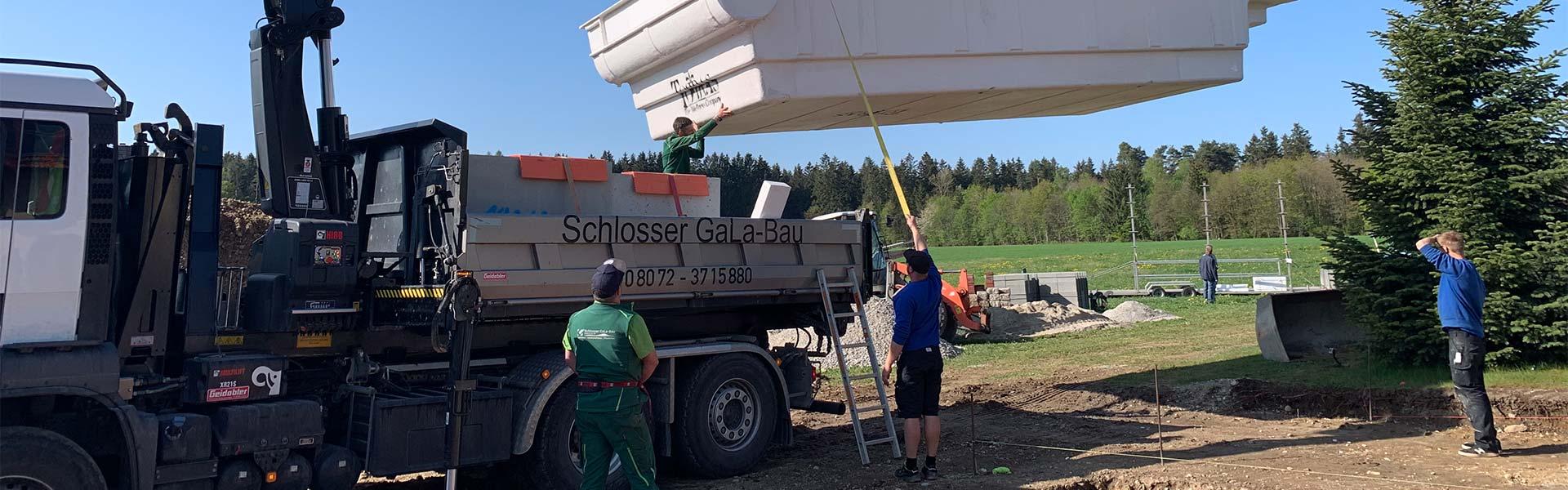Das Team von Schlosser Gartenbau bei der Arbeit